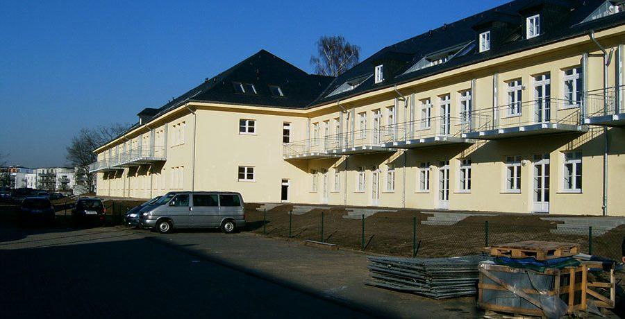 Przebudowa budynku koszarowego na mieszkalny Kaserne Klerken Niemcy